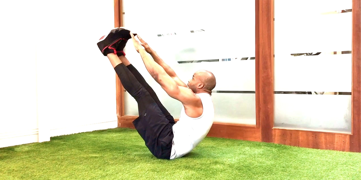 How to Do the V Sit-Up for Next-Level Abs