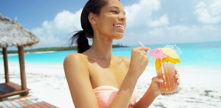 Best Summer Drinks To Keep You Healthy, Full And Focused